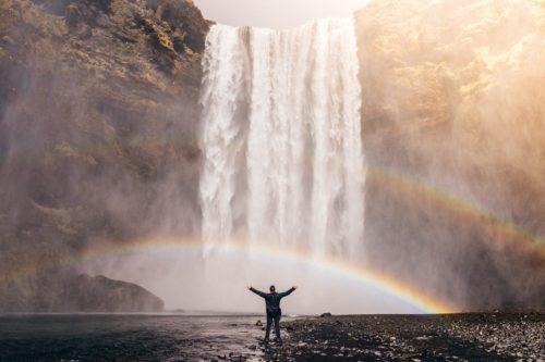 Vivre aligné(e) pour sauver l'humanité? humanité Vivre aligné(e) pour sauver l'humanité? waterfall 828948 1280 500x333